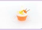 """Свеча """"пирожное"""" ручной работы ORANGE , d8 h6 смTM Aromatte"""