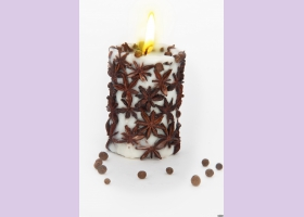 Свеча-эко ручной работы SPICY NIGHT  light со звездочками аниса, d 8 h 10 см/ круглая TM Aromatte